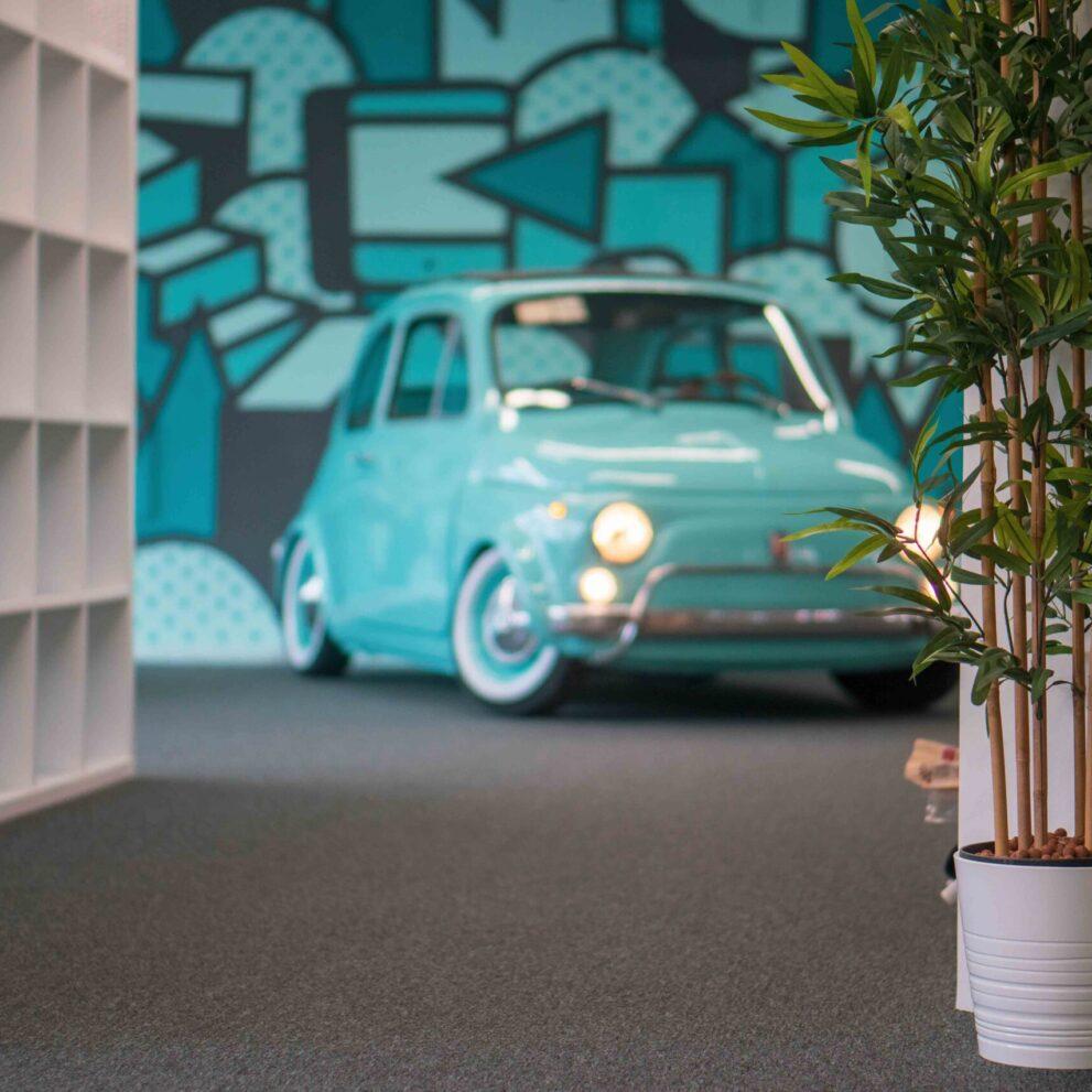Fiat 500 im Büro von ads&figures