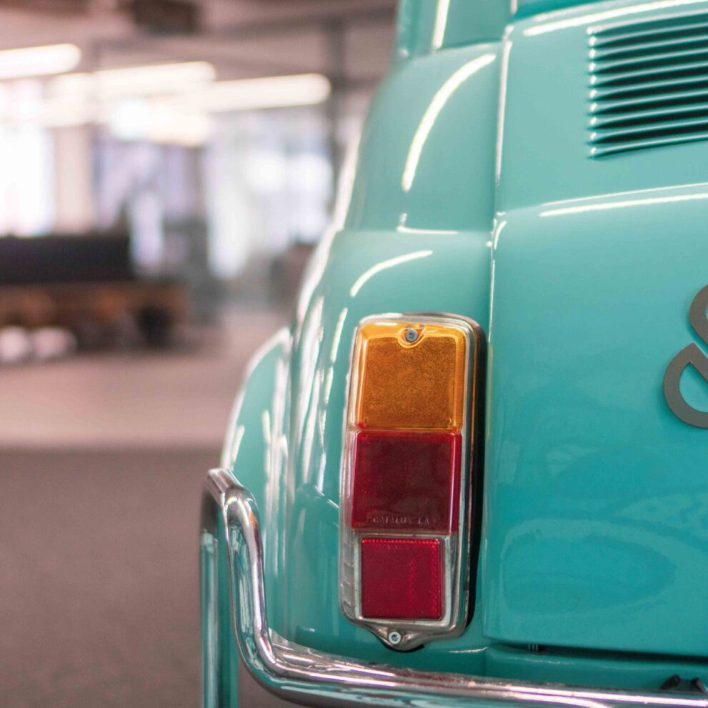 ads&figures Logo am Fiat 500