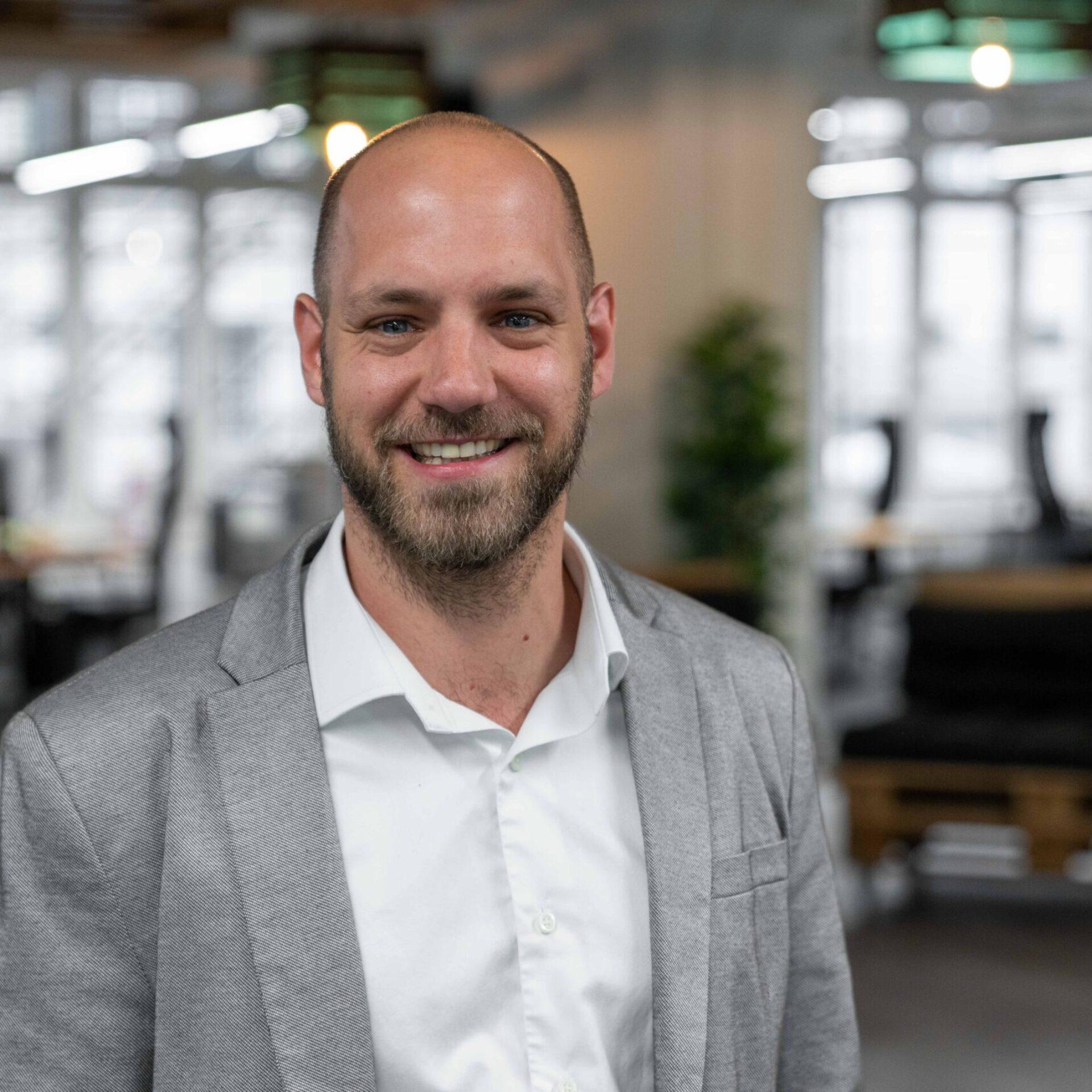 Portrait von ads&figures Mitarbeiter Fabian Wydler