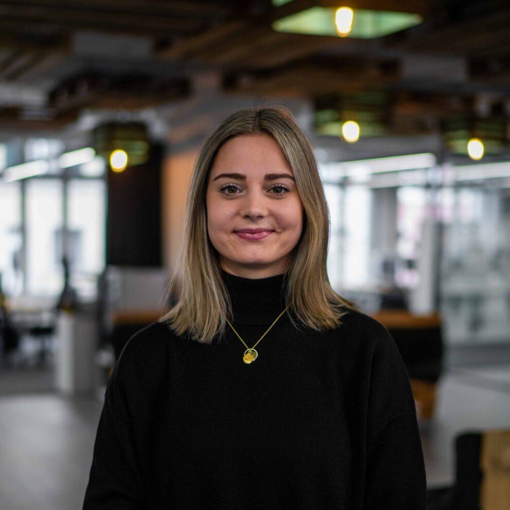 Sara Lagger, Mitarbeiterin bei der Digitalagentur ads&figures